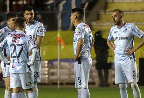 Bolívar cede dos puntos claves frente a Colo Colo