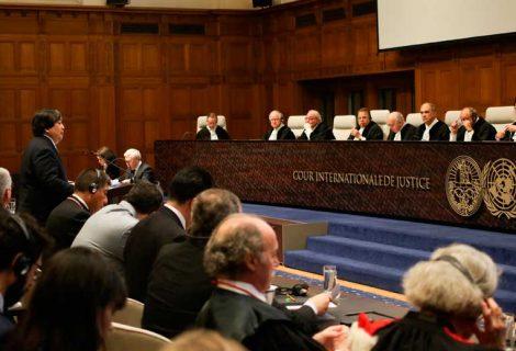 Chile se estrella contra Evo y pide desestimar la demanda boliviana