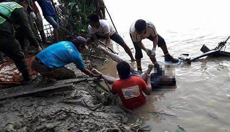 Rescatan seis cuerpos sin vida de ocupantes de una camioneta que cayó al río Orthon