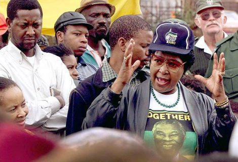 Sudáfrica llora la muerte de la activista Winnie Mandela