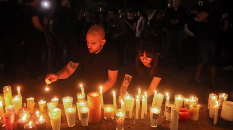 Asesinan y disuelven en ácido a tres estudiantes en México