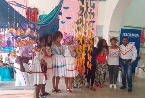 """""""Arte con Identidad """" en la Casa Municipal de Cultura"""