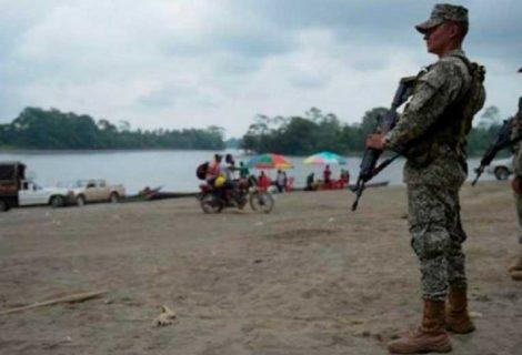 Crisis en frontera con Colombia desplaza a 158 familias ecuatorianas