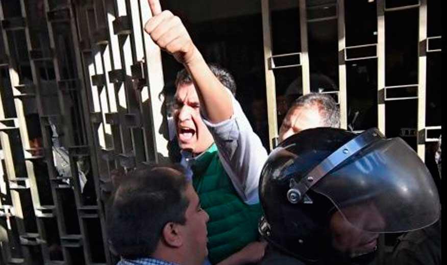 Alcalde José María Leyes es aprehendido por el caso mochilas
