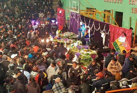 Una explosión en Huanuni deja ocho mineros muertos y 12 heridos