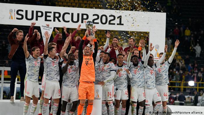 EL BAYERN MÜNICH GANA LA SUPERCOPA ALEMANA 2021: Robert Lewandowski le rindió homenaje a Gerd Müller