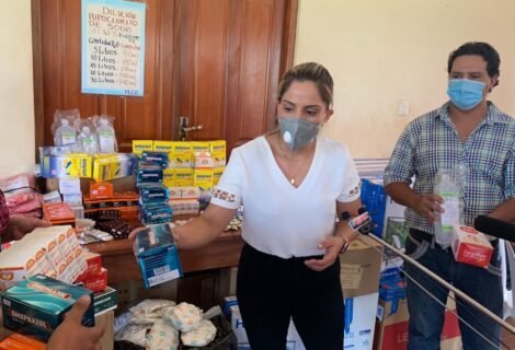 INVESTIGAN A LA HIJA DE JEANINE AÑEZ POR DONACIONES: Carolina Ribera trabajaba en el Ministerio de la Presidencia.