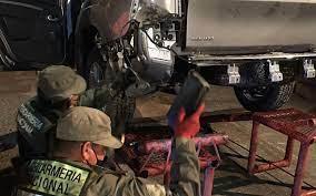 DESCUBREN 43 KILOS DE COCAÍNA EN CAMIONETA BOLIVIANA: Llevaban la droga oculta en el chasis, hacia la Argentina