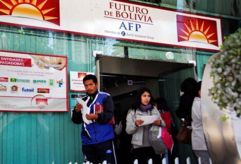 REGLAMENTAN LA DEVOLUCIÓN DE APORTES A LAS AFP: Se inicia a partir del 5 de Octubre, durante 90 días
