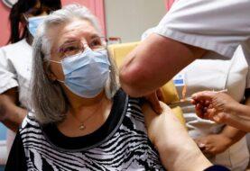 FRANCIA DESPIDE A 3.000 EMPLEADOS DE SALUD SIN VACUNAS: Exige a 2,7 millones de profesionales estar vacunados