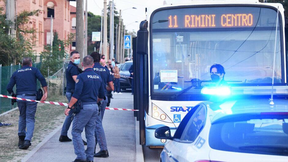 ATACA Y HIERE A 5 PERSONAS DENTRO DE UN BUS: Policía italiana atrapa al que se negó a mostrar su pasaje