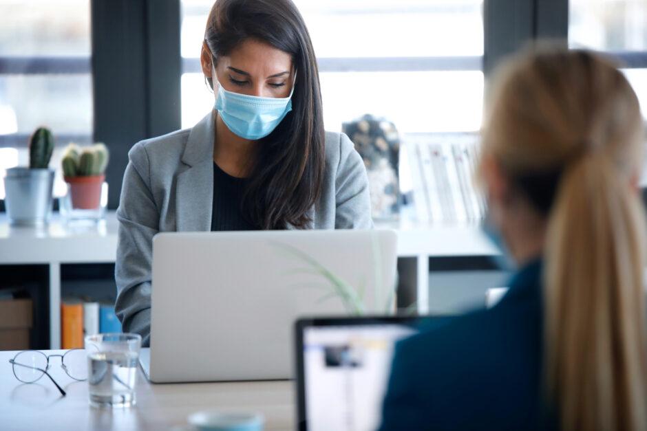 EXPERTOS COMPARTEN SUS EXPERIENCIAS ANTI COVID-19: Consejos después de un año y medio de pandemia