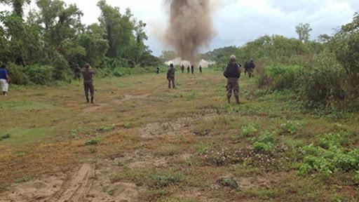 FELCN DESTRUYE PISTAS EN FRONTERA CON BRASIL: Encuentran a piloto y un helicóptero con matrícula brasileña