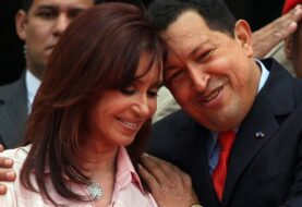 "CHAVEZ LE ENVIÓ US$ 21 MILLONESA CRISTINA KIRCHNER: Así lo reveló ""El Pollo Carvajal"", ex jefe de inteligencia"