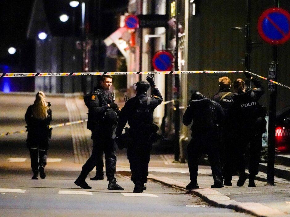 ATAQUE TERRORISTA CON ARCO Y FLECHAS EN NORUEGA: Un hombre mata a cinco personas y deja dos heridas