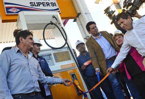 YPFB vendió 150 mil litros del Ron 91 en tres días