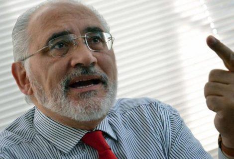 """Carlos Mesa dice que el 21F es un tema de """"primerísima prioridad"""""""