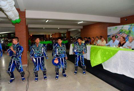 Percy Fernández entrega módulo educativo Nº 160 en la zona Sur