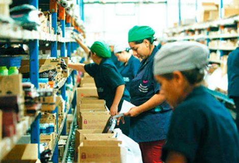 Empresarios respaldan un reajuste salarial del 3,5%; la COB apunta a hablar con Evo