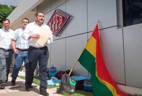 Víctor Hugo Añez, presentó a la estatal petrolera una misiva para tratar la emergencia de Incahuasi y el descongelamiento de los recursos