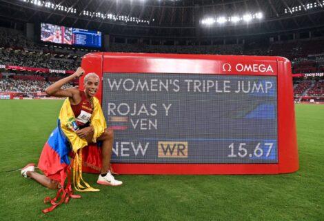 YULIMAR ROJAS BATE RÉCORD MUNDIAL EN SALTO TRIPLE: La atleta venezolana gana Medalla de Oro con 15,67 mt