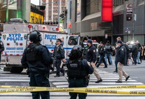 VARIOS VIOLENTOS ENFRENTAMIENTOS EN NUEVA YORK: Dejan al menos 2 personas fallecidas y 18 heridas
