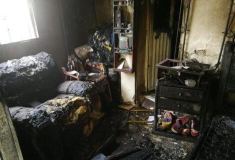 MADRE E HIJA FALLECEN CALCINADAS EN UN INCENDIO: La puerta estaba trancada con una mesa por dentro