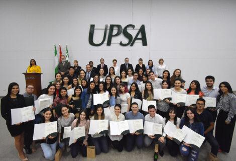 LA UPSA HACE ENTREGA DE BECAS A LA EXCELENCIA: Un reconocimiento a los estudiantes destacados